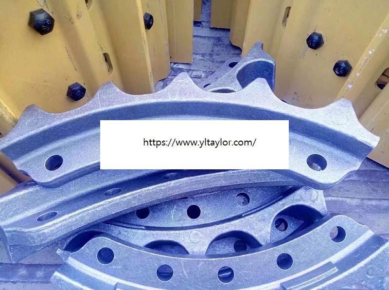 Excavator bulldozer undercarriage parts chain sprocket